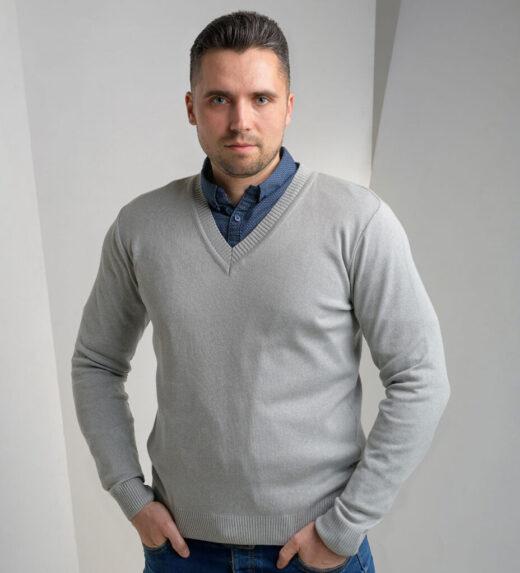 moški pleteni puloverji